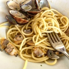 Linguini & clam sauce